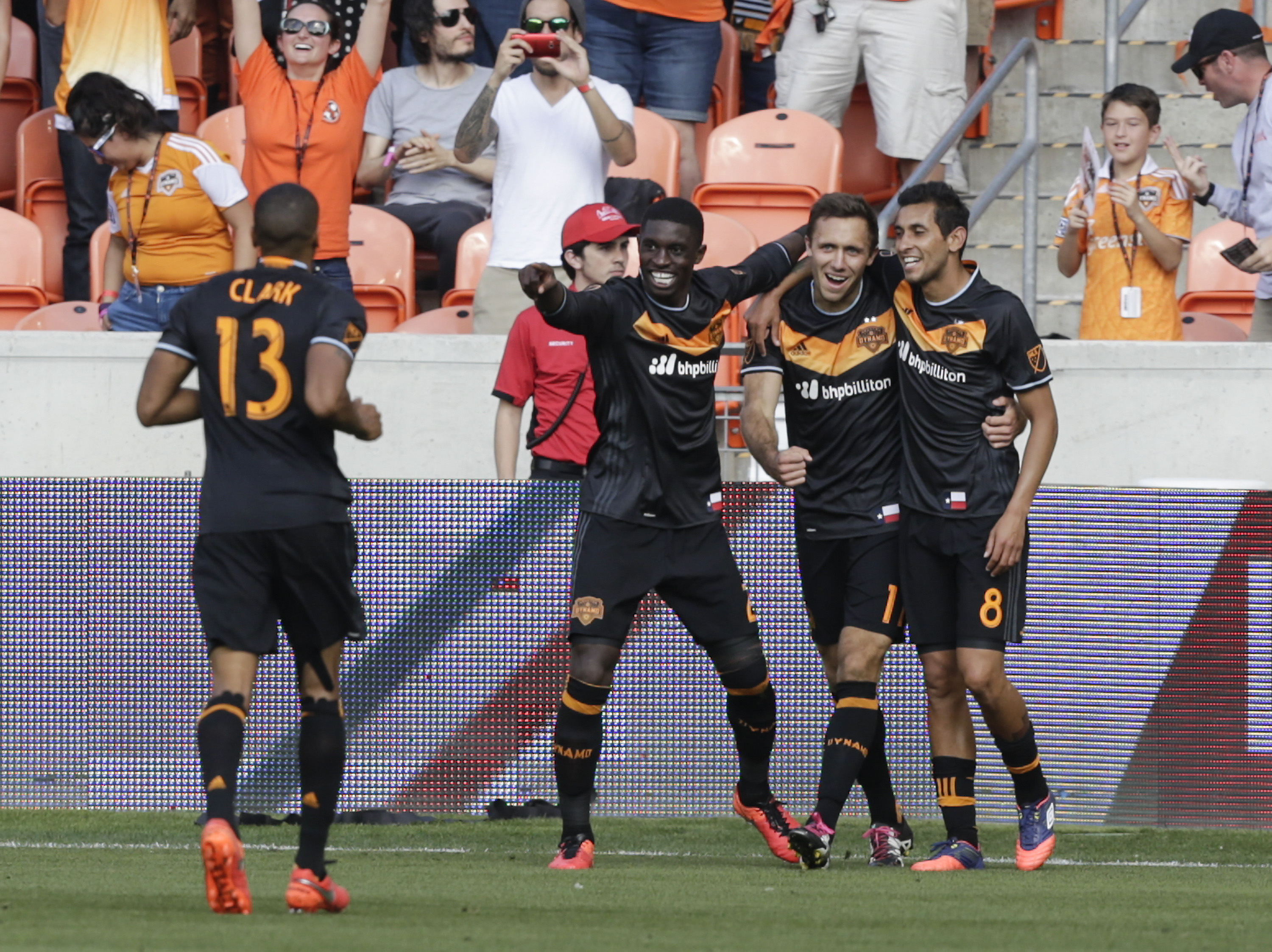 Houston Dynamo: Cristian Maidana's absence a crisis